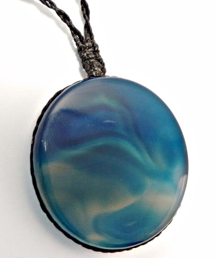 colar-amuleto-pedra-agata-azul-masculino-e-feminino-D_NQ_NP_356311-MLB20526413055_122015-F