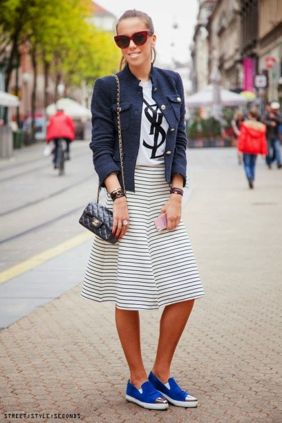 midi-skirts-sneakers-street-style-1