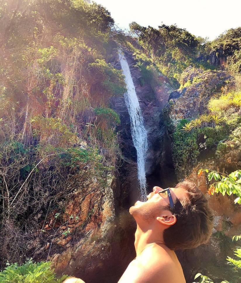 Foto Criativa na cachoeira - Elis Cecilia Blog