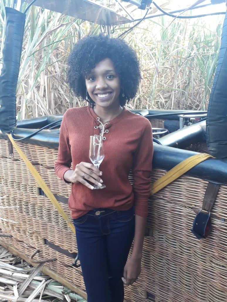 Elis Cecilia no pouso de balão em Boituva - SP - Elis Cecilia Blog