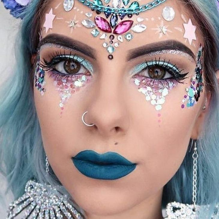 Make com Pedrarias Azul para o carnaval - Elis Cecilia Blog