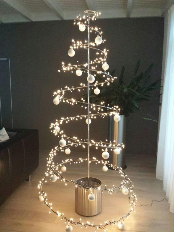Árvore de Natal Criativa - 60 diferentes ideias para você - Fazer em Casa